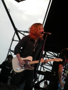 We the Kings failed to capture Jimmy Eat World's incredible stage prescence.